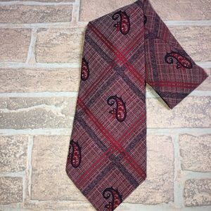 Wilson's clothing Red Paisley Tie